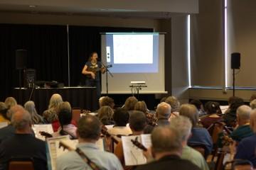 Sarah Maisel teaching a workshop at the 2016 Reno Ukulele Fest.
