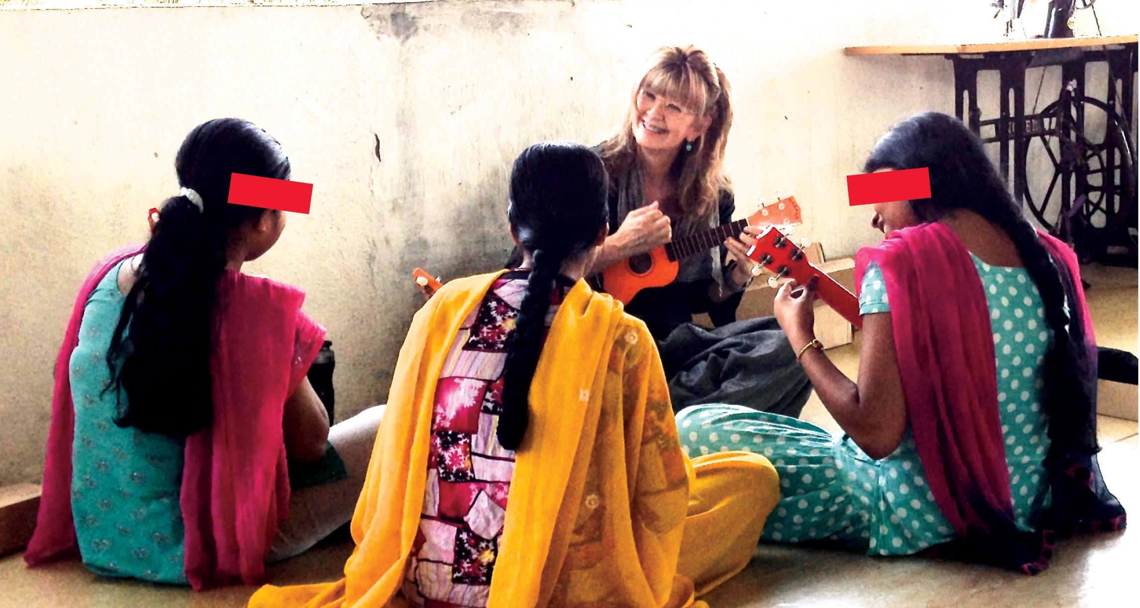 teaching-survivor-girl-ukulele-band-india-uke-heartwarming-ukulele-magazine